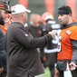 Cleveland Browns OTA Scribbles: Figuring out offense, a few highlights on field –Terry Pluto